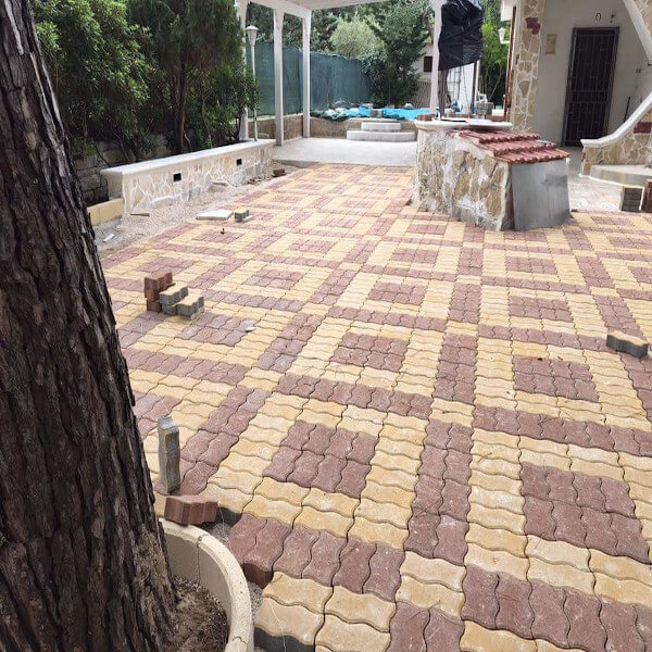 pavimento autobloccante colorato per esterno villa Sicilia
